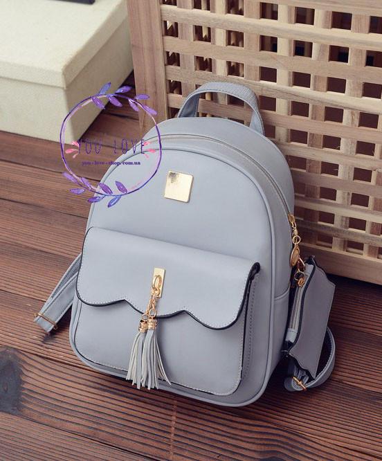 Женский рюкзак с кисточками  Серый