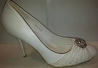 Туфли женские белые р38 CAMIDY 975-48 SADI