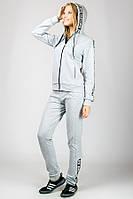 Женский спортивный костюм LOVE светло-серый