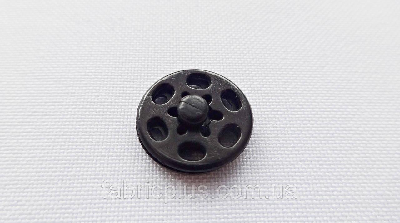 Кнопка пришивная 15 мм чорна пластикова