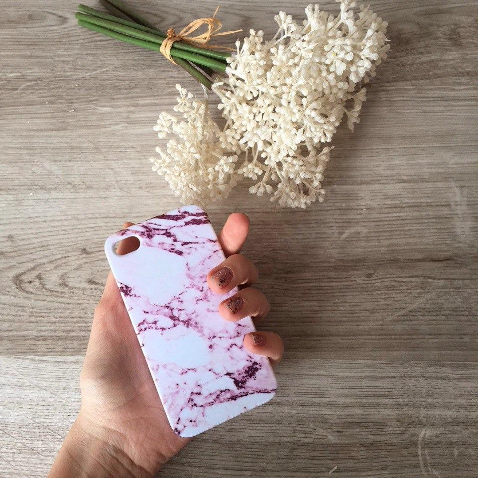 Дизайнерский пластиковый чехол розовый мрамор для iPhone 4/4s