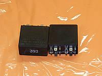 Реле 393 STG для прожектора, тормозного контроля и контроля заднего подфарника (LKG) Audi