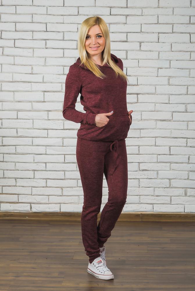 Спортивный женский костюм бордо