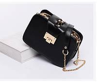 Дизайнерская небольшая сумка черного цвета