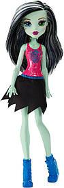 Фрэнки Штейн из серии Черлидеры из серии Monster High