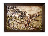 Настенная резная картина из дерева Охота на кабана