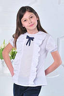 Нарядная белая школьная блуза с коротким рукавом .
