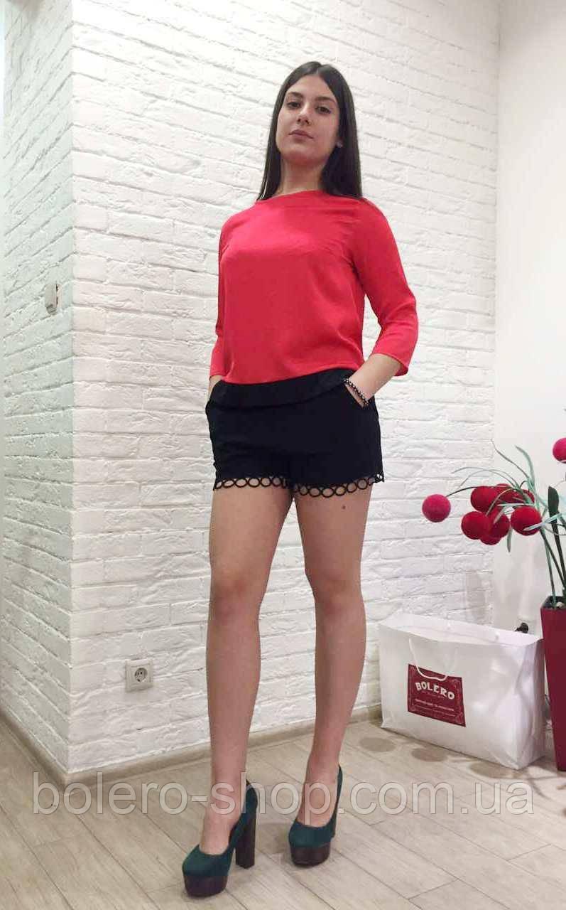 Женские шорты черные ажурные свободные
