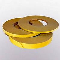 Белая лента (ПВХ основа / лайнер - бумага повышенной плотности светло-коричневого цвета).