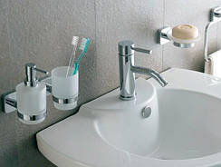 Мыльницы, дозаторы жидкого мыла, стаканы для зубных щеток