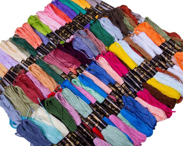 Нитки Мулине для вышивания (100мотковх8m) цветное ассорти