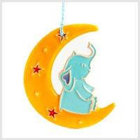 Слоник на місяці