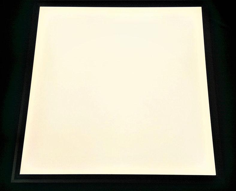 Светодиодная LED панель 40Вт 3500lm 5000К ВСТРАИВАЕМАЯ 600х600х9мм  матовая с алюминием