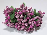 Веточки с фиолетовыми ягодами/тычинками