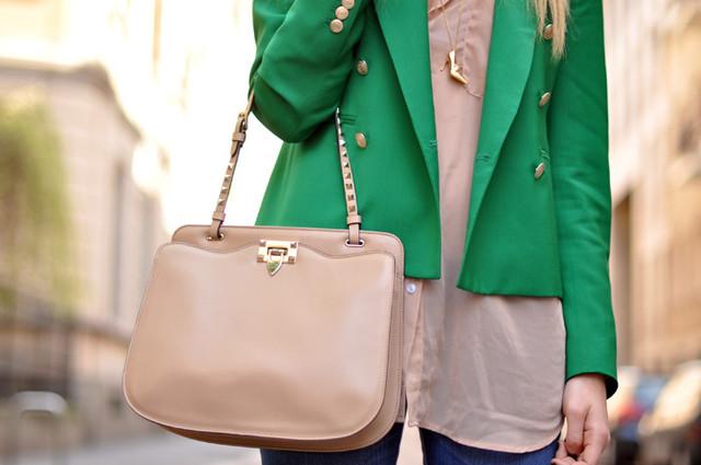 Сумки, рюкзаки, портфели, чемоданы, клатчи