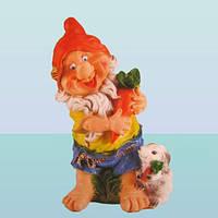 Садовая фигурка скульптура для сада Гном с зайцем (Ср)