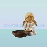 Садовая фигурка ландшафтная скульптура для сада Ангелок с кормушкой