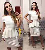 Женское платье до колена баска без рукава