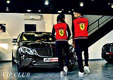 Женский спортивный костюм Ferrari с нашивками, кофта на молнии без капюшона, штаны зауженные с карманами., фото 3