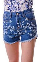 Стильные джинсовые короткие  женские шорты.