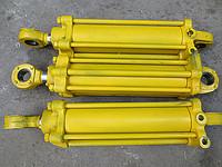 Гидроцилиндр поворота колес К-700, К-701, К-700А (ЦС-125 700.34.29.000-1)