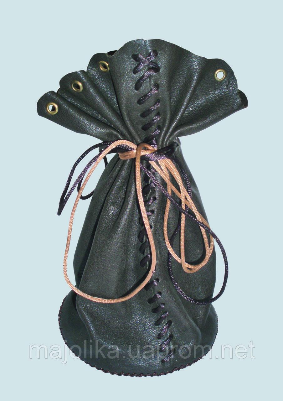 Упаковка в виде мешочков из натуральной кожи для подарков (сувениров).