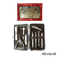 Маникюрно-педикюрный набор в подарочной упаковке Lady Victory MS-mix-05