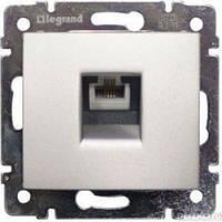 Розетка телефонная 1-ная  Legrand Valena 770138 алюминий