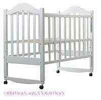 Детская кроватка для новорожденного клен (белая) с качанием