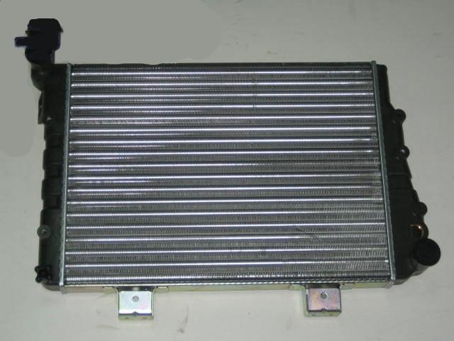 Радиатор охлаждения Lada 2107 451*333мм по сотах KEMP