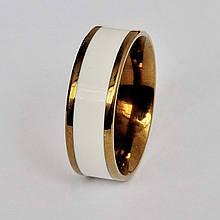 Белое мужское кольцо с золотым покрытием и белой эмалированной вставкой