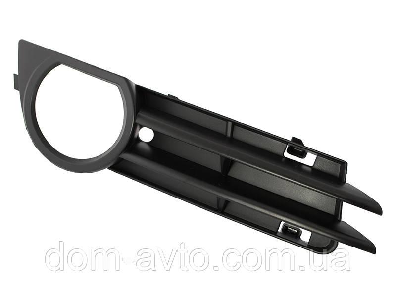 Заглушка  в передний бампер Audi A3 8P 03-08