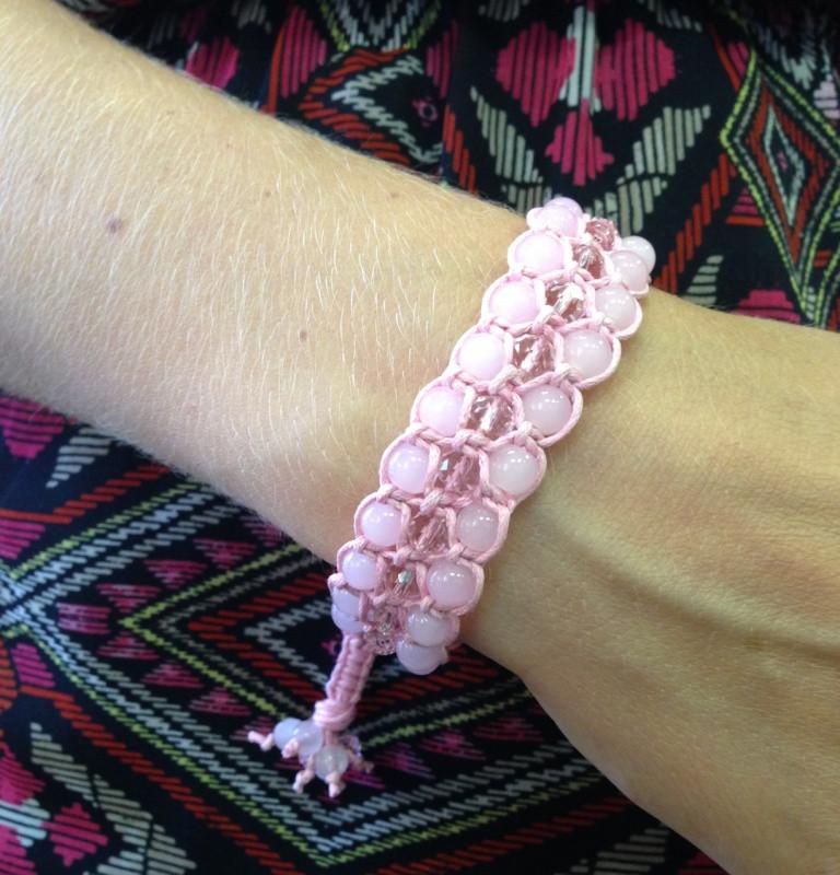 Браслет Рожевий кварц + кришталь. Бавовняний шнур. 3 ряди