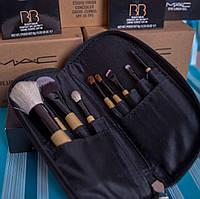 Набор профессиональных кистей для макияжа 9 штук в чехле