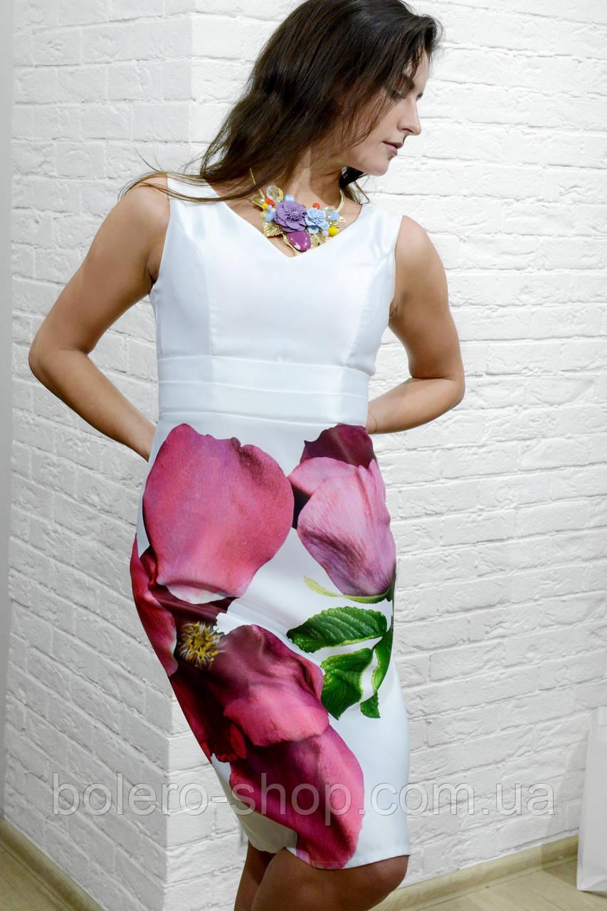 Женское платье белое с цветами  до колена rinascimento