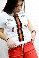 Брендовая женская футболка белая с рисунком