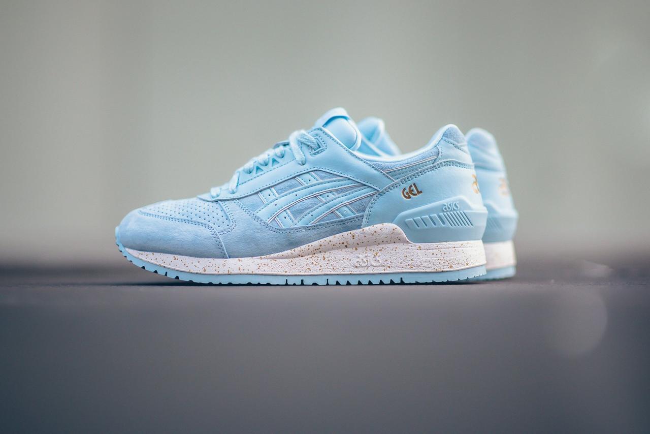 Женские кроссовки Asics Gel Respector Blue