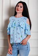 Невероятно красивая и стильная блуза в голубом цвете с рисунком