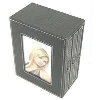 Руноко Фотоальбом коробка  кожаный в стиле крокодиловой кожи (черная \ коричневая)