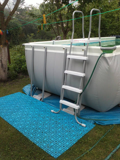 Модульное покрытие для каркасных бассейнов