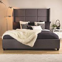 """Двуспальная кровать  """"Gray"""" с мягким изголовьем в форме плиток с ушками, на деревянных опорах"""
