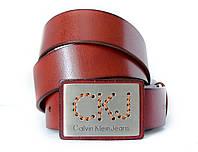 Стильный мужской кожаный ремень в коричневом цвете Calvin Klein с элегантной пряжкой(11230)