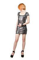 Модное женское платье с пайетками