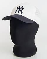 Бейсболка спорт NY перфорация пятиклинка белая с темно-синим козырьком