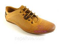 Летние спортивные туфли