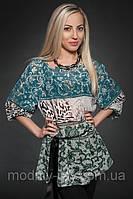 Блуза удлененая с модным принтом