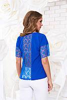 Блуза с оригинальной вставкой из гирюра