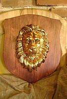 Голова льва на щите - настенный декор, фото 1