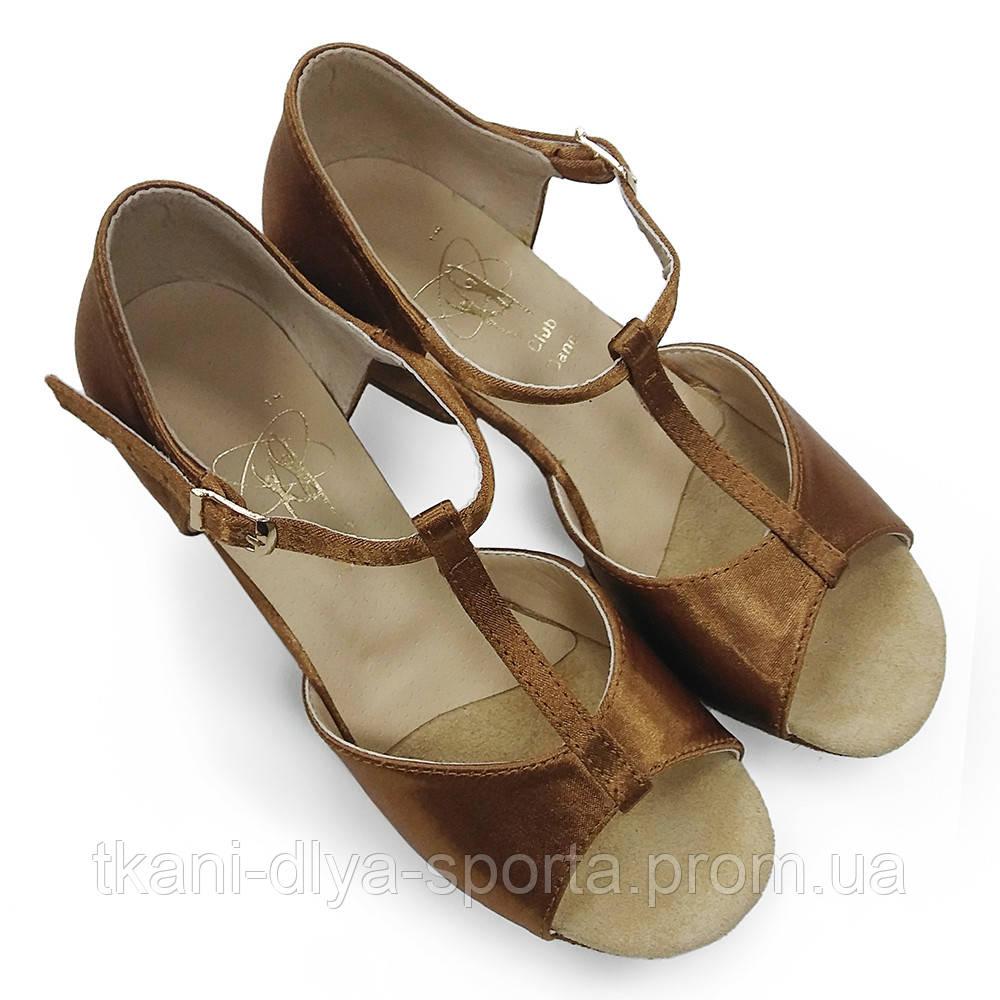Туфли для танцев детские (цвет: бежевый)