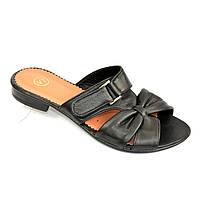 Кожаные черные женские шлепанцы на невысоком каблуке